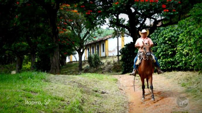 O cenário da Fazenda Águas Claras, em Itapira (SP) (Foto: reprodução EPTV)