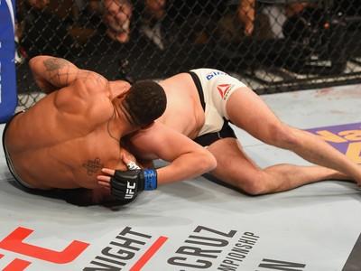 Abel Trujillo, Tony Sims, UFC 195, MMA (Foto: Getty Images)