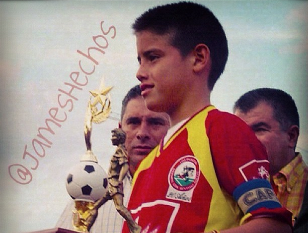 James Rodríguez criança