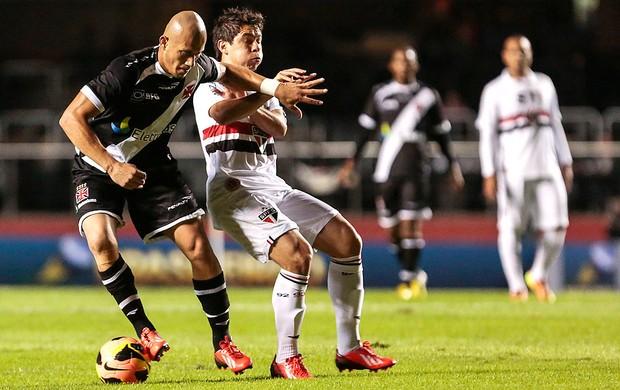 Nei e Osvaldo jogo São Paulo e Vasco (Foto: Miguel Schincariol / Ag. Estado)