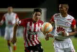 Estudiantes bate Santa Fé em La Plata e leva vantagem para jogo da volta