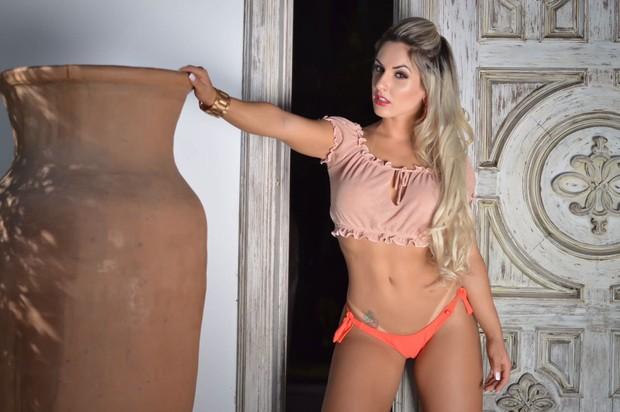Iara Ferreira quer se especializar como sexóloga (Foto: Eduardo Graboski/ M2 Divulgação )