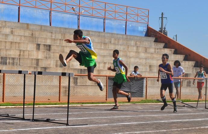 Atividades no Centro Olímpico da Vila Nasser, em Campo Grande (Foto: Divulgação/Federação de Atletismo de MS)