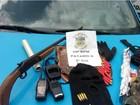 Quatro são presos com espingarda e munições em Barra Mansa, RJ