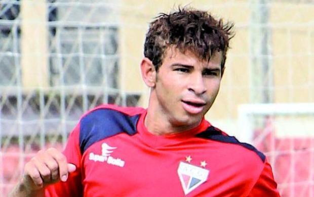 Diogo Campos, atacante do Atlético-GO (Foto: O Popular)