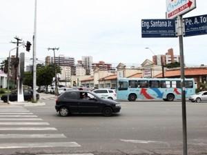 Os transtornos são provisórios, visto que o túnel deve ser concluído no segundo semestre de 2016  (Foto: Foto: Marcos Moura)