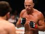 """Cerrone reclama de pagamento: """"Não significo m**** nenhuma para o UFC"""""""
