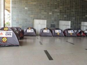 Acampamento Polícia Civil  (Foto: Michelle Moura)
