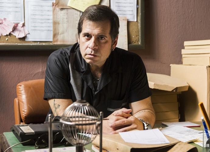 Leandro Hassum vira empresário da noite no episódio de Chapa Quente que vai ao ar nesta quinta, 16/07 (Foto: Caiuá Franco / TV Globo)