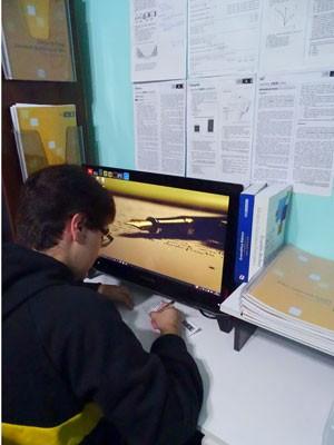 O jovem fez uma redação por semana para treinar. Com a proximidade do Enem, passou a escrever duas.  (Foto: Arquivo pessoal)