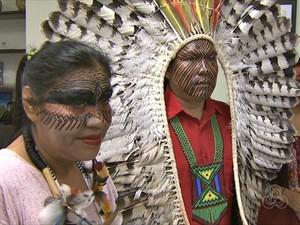 Arte � produzida por um dos paj�s e vai compor desfile Tribos, de uma grife brasileira (Foto: Reprodu��o/TV Acre)