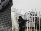 Comerciantes e pedestres relatam pânico durante assalto a banco