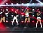 Fifth Harmony posa sem Lauren Jauregui, detida com maconha