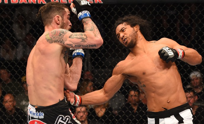 Benson Henderson contra Brandon Thatch (Foto: Getty Images)