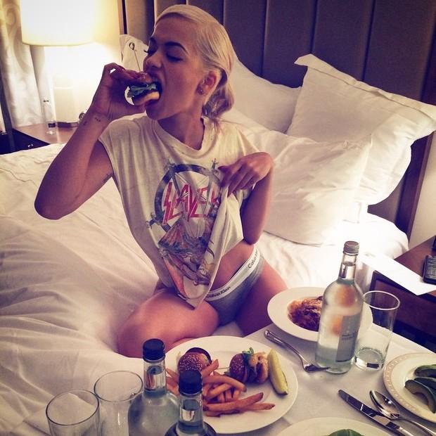 Rita Ora (Foto: Instagram / Reprodução)