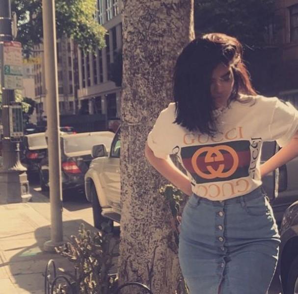 Irmãs sósias de Kardashian-Jenner (Foto: Reprodução/Instagram)
