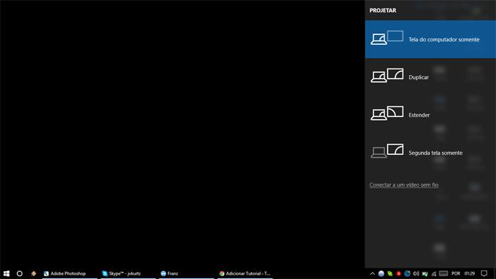 Mudar monitor exibido pode resolver problemas de tela preta no Windows (Foto: Reprodução/Windows)