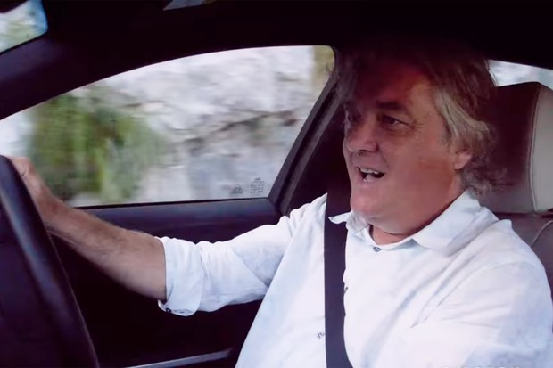 James May em cenas da segunda temporada da série The Grand Tour (Foto: Reprodução)