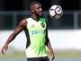 Bota muda de ideia e inscreve Sassá e Emerson Santos para Libertadores