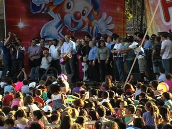 Show marca reabertura do Parque Mutirama, em Goiânia (Foto: Reprodução/TV Anhanguera)