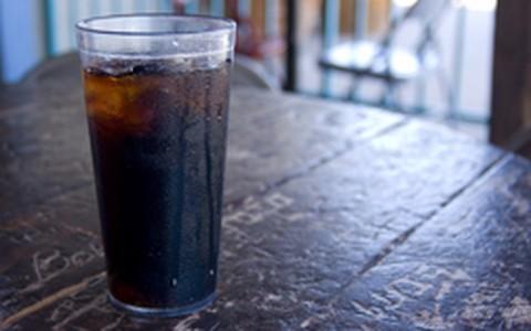 Refrigerante diet: uma lata ao dia pode elevar em 43% risco de ataque cardíaco