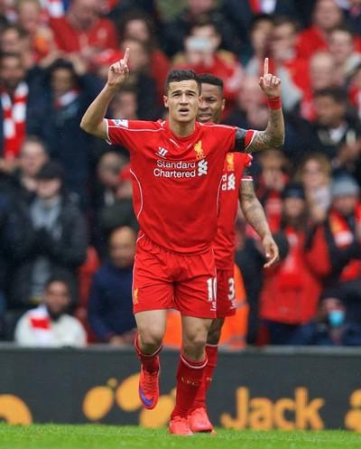 Philippe Coutinho gol Liverpool x Queens Park Rangers (Foto: Divulgação)