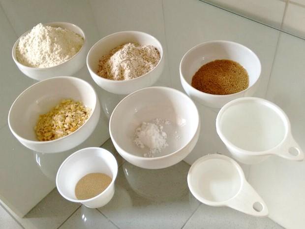 Massa leva 1 xícara de trigo integral, que pode ser substituído por centeio ou aveia (Foto: Ive Rylo/G1AM)