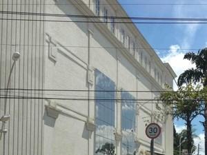 Shopping fica localizado no bairro Santa Rosália, em Sorocaba (Foto: Matheus Ribeiro Dias/Tem Você))