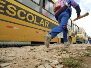 Municipios do Paraná querem ressarcimento de despesas com trasnporte escolar (Foto: Giuliano Gomes / SEED)