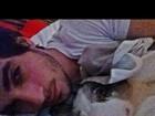 Fiuk posta foto abraçado com seu cachorro: 'Linda e gostosa'