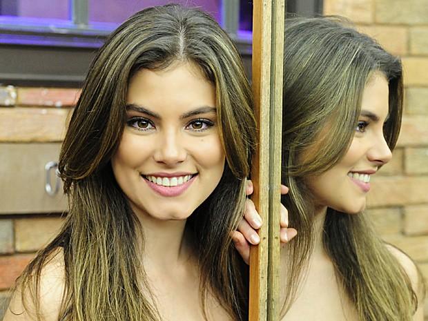 Bruna Hamú vai ajudar você a fazer bonito no vídeo enviado (Foto: Estevam Avellar /  TV Globo)