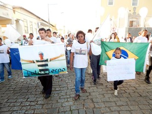 Caminhada pela paz, violência, Jonathan Oliveira Estevão, protesto, Boa Esperança (Foto: Adriano de Oliveira/ VC no G1)