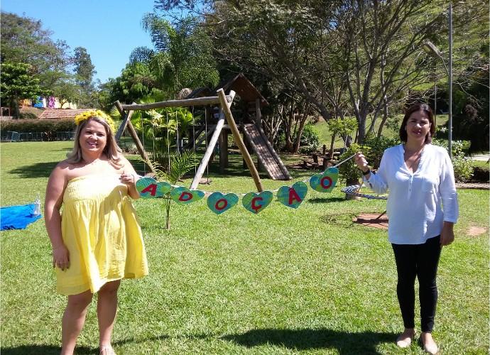 Mães da região fizeram ensaio fotográfico para esperar a chegada dos filhos adotivos (Foto: Rio Sul Revista)