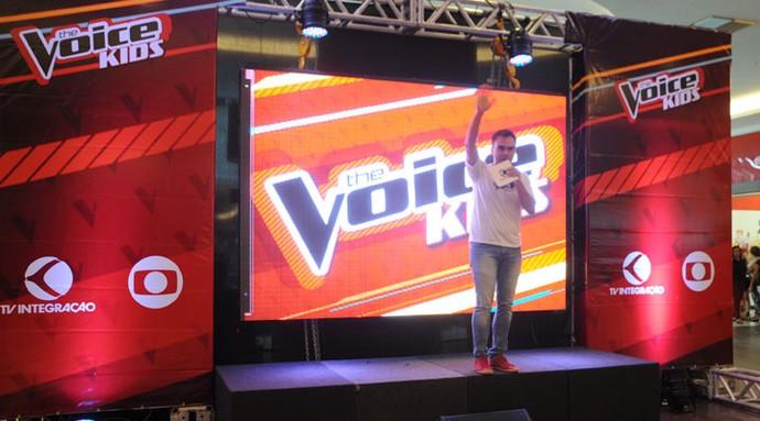 Mário comandou a ação da TV Integração (Foto: Luciana Santos)