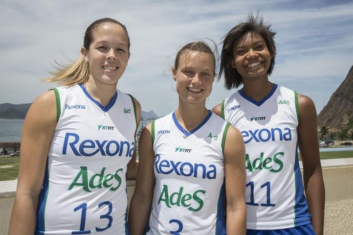 Monique, Courtney Thompson e Lorene foram as três novidades apresentadas pela equipe carioca (Foto: Márcio Rodrigues)