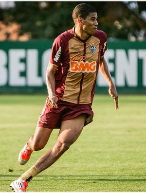 Leonardo Silva tem contrato renovado com o Galo (Foto: Bruno Cantini / Site Oficial do Atlético-MG)