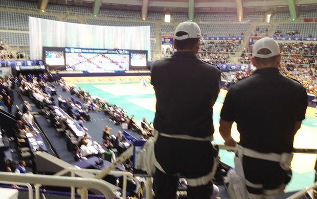 Mundial de Judô - PM dentro do ginásio. (Foto: Thierry Gozzer)