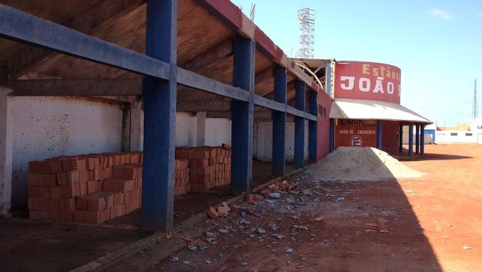 Obras no João Saldanha devem iniciar no dia 25 de janeiro (Foto: Junior Freitas)