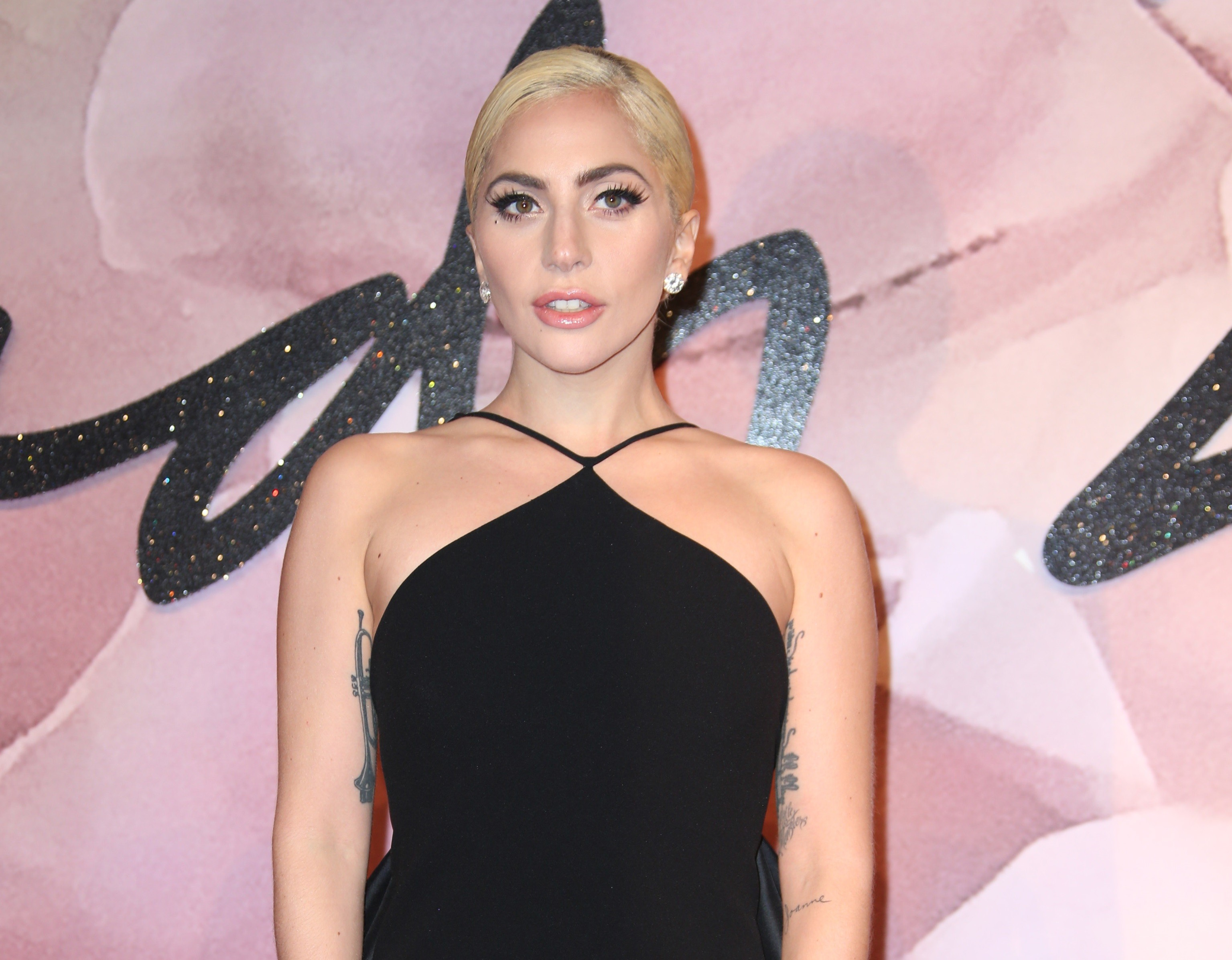 Lady Gaga revela que sofre de estresse ps-traumtico (Foto: Associated Press)