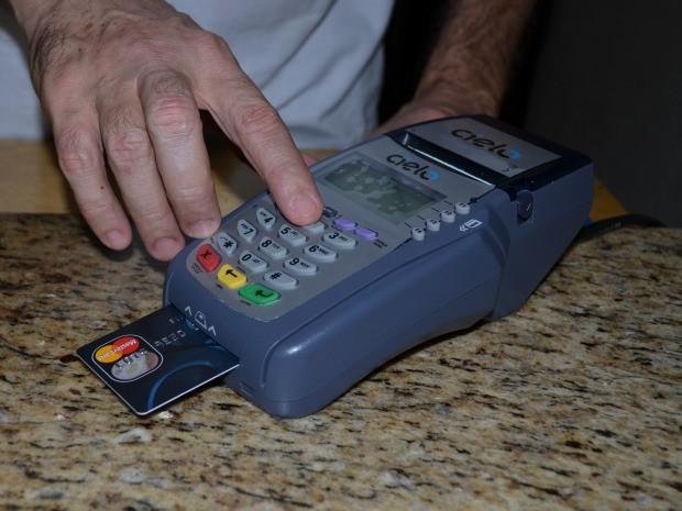 Máquinas de cartão de crédito não funcionaram, dizem empresários (Foto: Jonatas Boni/G1)