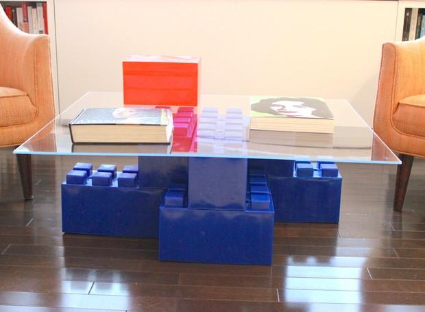Mais um exemplo moderninho de centro de mesa feito com blocos de montar (Foto: Divulgação)