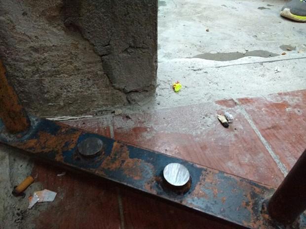 Homem serrou as barras de ferro e saiu em direção ao corredor da carceragem (Foto: Casa de Detenção de Jaru/ Divulgação)