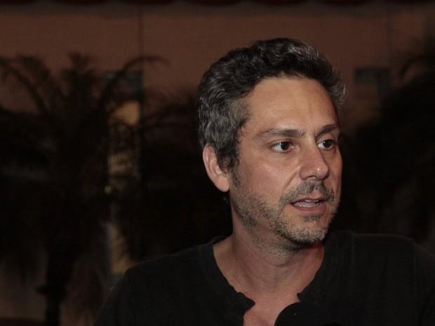 Alexandre Nero em festa de novela no Rio (Foto: Isac Luz/ EGO)