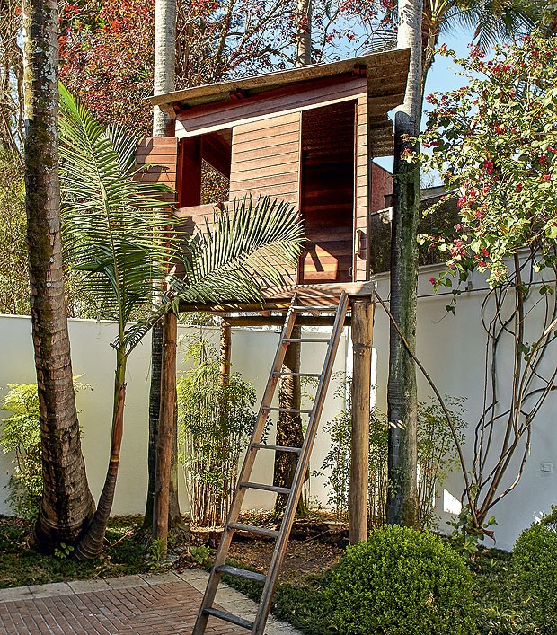 casa-na-arvore-madeira-eucalipto-palmeiras-reais-designer-estevao-toledo-lambri-cumaru-cedrinho (Foto: Victor Affaro/Editora Globo)