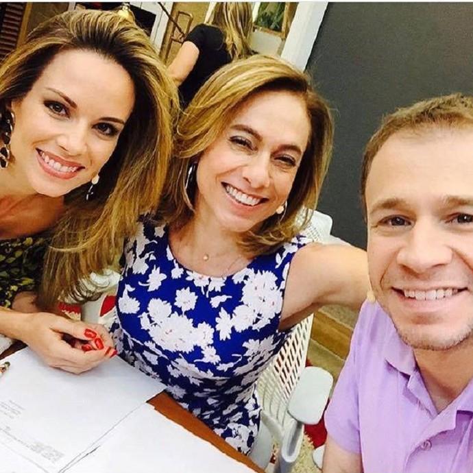Nos bastidores do É de Casa, com Ana Furtado e Cissa Guimarães (Foto: Arquivo Pessoal)