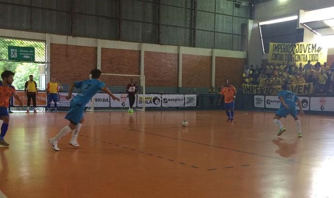 Vassouras mandou no jogo e goleou Rio das Flores por 6 a 1 (Foto: Divulgação)