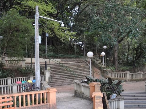 Câmera instalada no Parque do Mirante em Piracicaba (Foto: Justino Lucente/CCS)