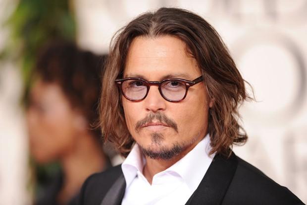 Johnny Depp: não abre mão dos óculos (Foto: Getty Images)