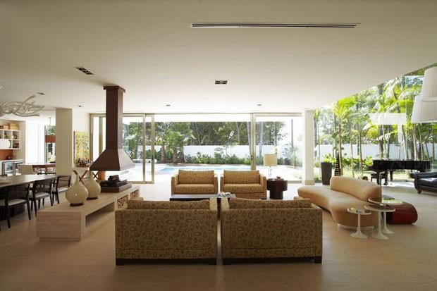 10 ambientes com piso de pedra casa vogue ambientes for Ambientes interiores