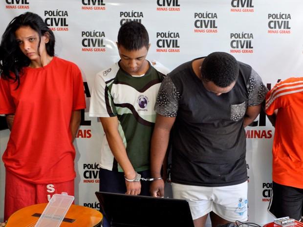 Quatro foram presos suspeitos de roubar intrumentos de músico que trabalha com Milton Nascimento (Foto: Divulgação/ Polícia Civil)